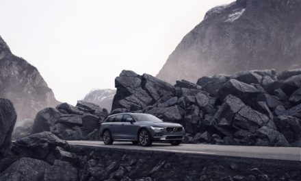 VOLVO CARS INTRODUCES REFRESHED S90 AND V90 MODELS, PLUS MILD-HYBRID POWERTRAINS ACROSS ENTIRE LINE-UP