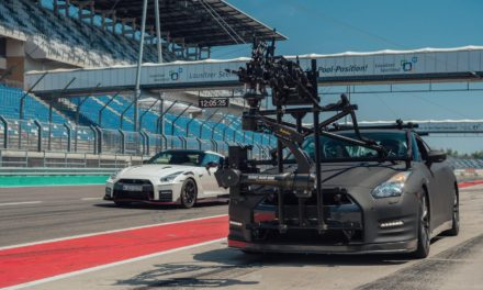 THE ONLY CAR CAPABLE OF FILMING THE 2020 GT-R NISMO? ANOTHER GT-R