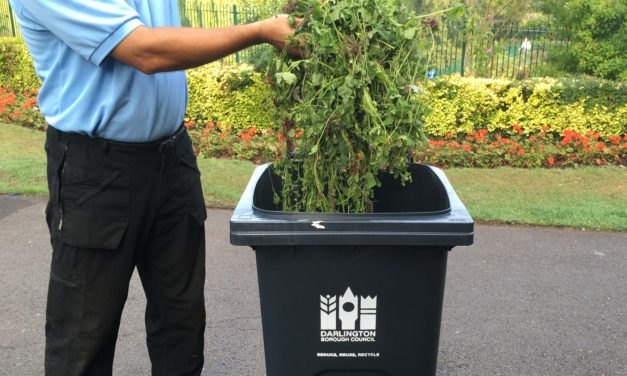 Householders invited to sign up to garden waste service for 2020