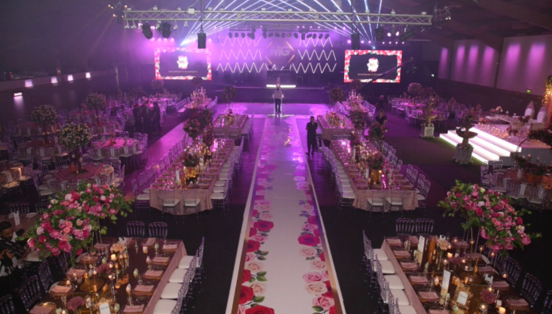 EAST AND WEST JOIN TOGETHER AT UNIQUE WEDDING FAIR