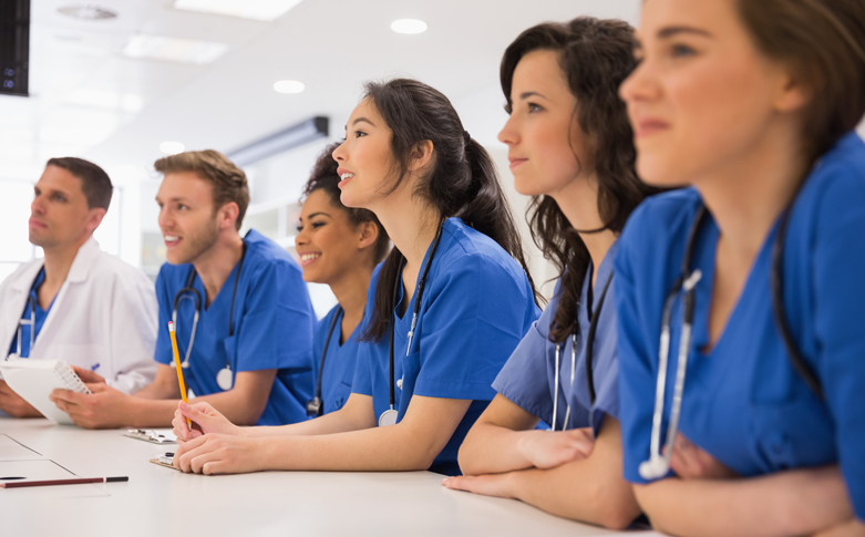 Tips on Choosing a Nursing Program