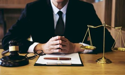 What Does The Services Of A Criminal Lawyer Entail?