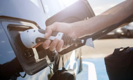 Twice as many drivers plan to 'go electric' next time round