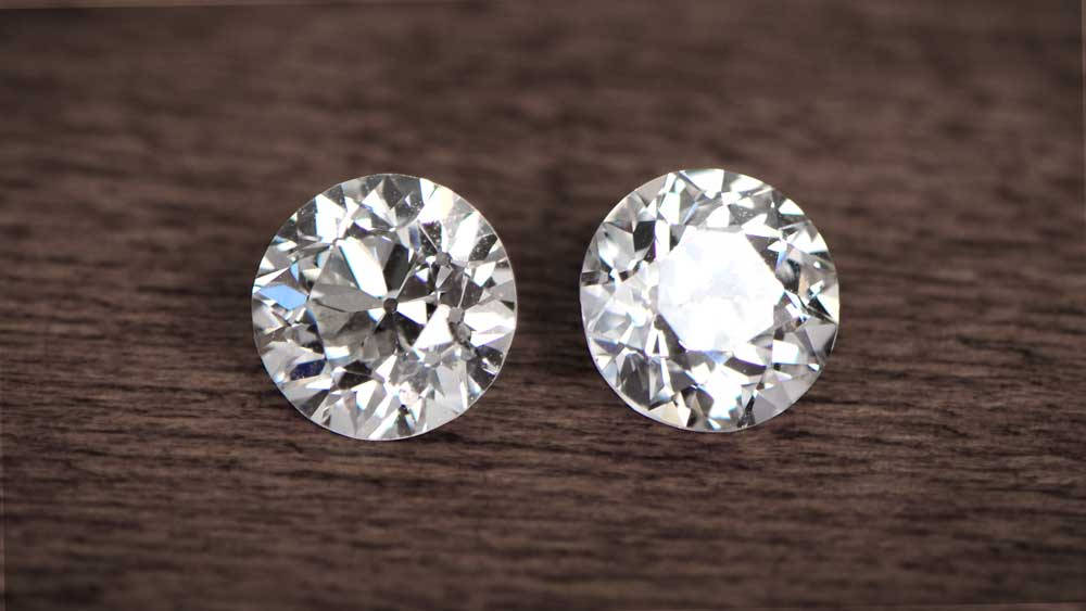 Compare of diamond vs moissanite with the help of some characteristics