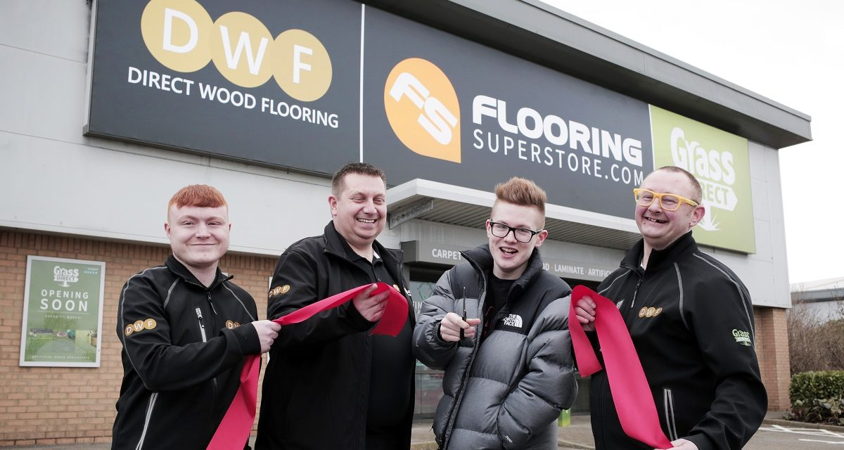 Ty lends his 'Voice' to new store opening