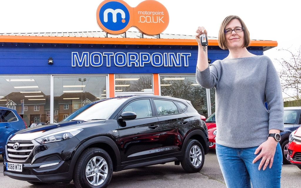 ANT N DEC SATURDAY NIGHT TAKEAWAY WINNER VANESSA ANTHONY DRIVES AWAY IN NEW CAR FROM MOTORPOINT
