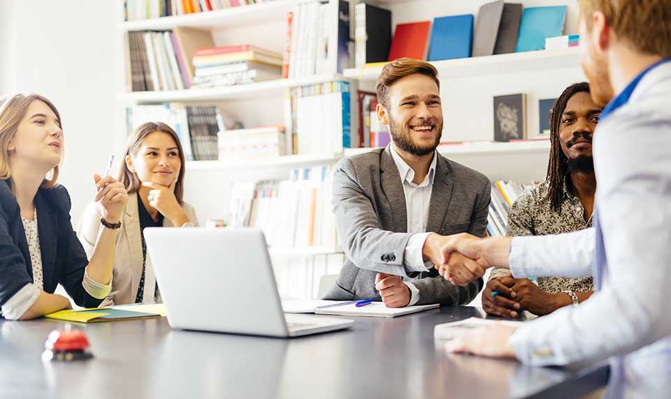 5 Top Advantages Of Having A Business Administration Degree