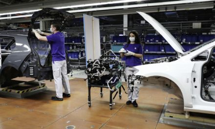 VOLKSWAGEN STARTS WITH STEP-BY-STEP RESUMPTION OF PRODUCTION