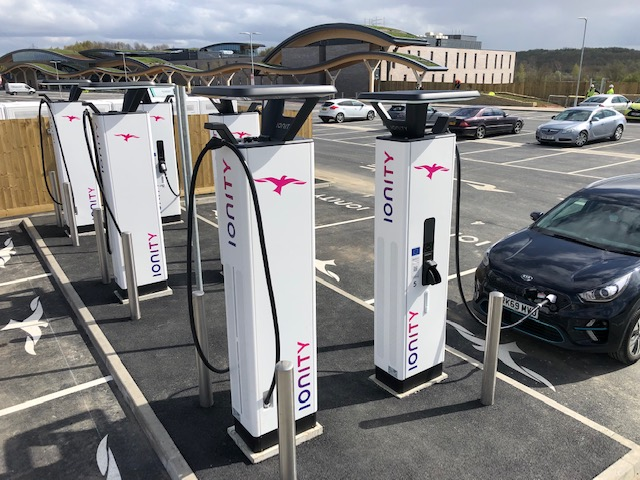 IONITY EXPANDS ITS UK NETWORK WITH CLASS-LEADING HIGH-POWER CHARGING STATION AT NEW LEEDS SKELTON LAKE SERVICES