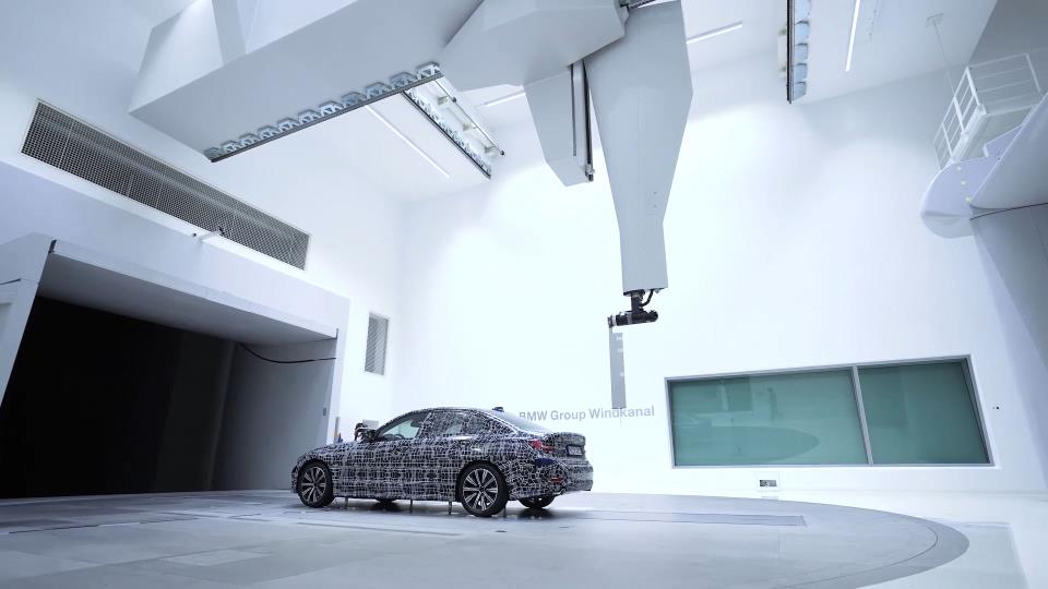 THE EFFICIENT DYNAMICS SUCCESS STORY: BMW WRITES THE NEXT CHAPTER