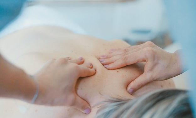 4 Simple Ways to Alleviate Back Pain