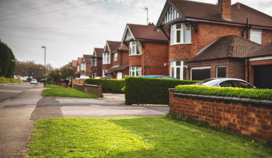 EMPTY DRIVEWAYS EARN HOMEOWNERS MORE THAN £1,000 PER YEAR IN 25 TOWNS AND CITIES