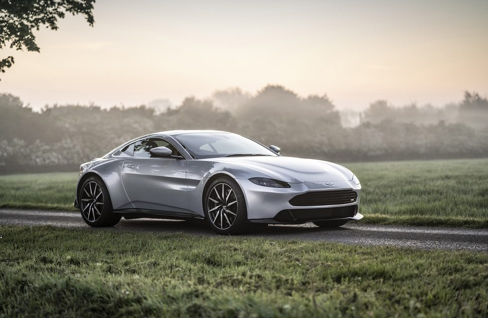 REVENANT AUTOMOTIVE LAUNCHES NEW FACE OF BESPOKE ASTON MARTIN VANTAGE CUSTOMISATIONvv