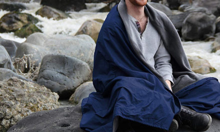 How To Select The Best Blankets For Camping?