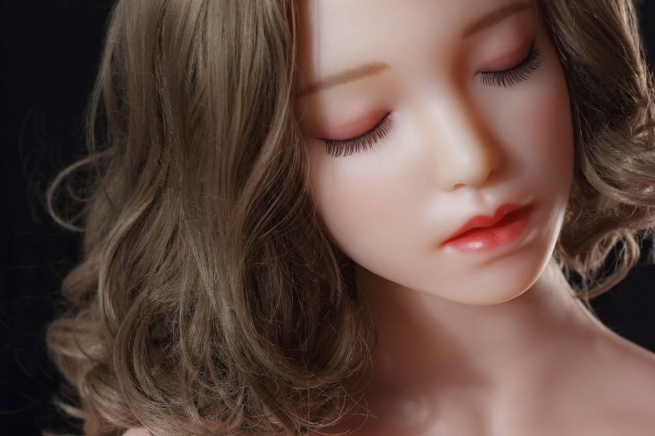 IS IT HEALTHY TO USE SEX DOLLS?