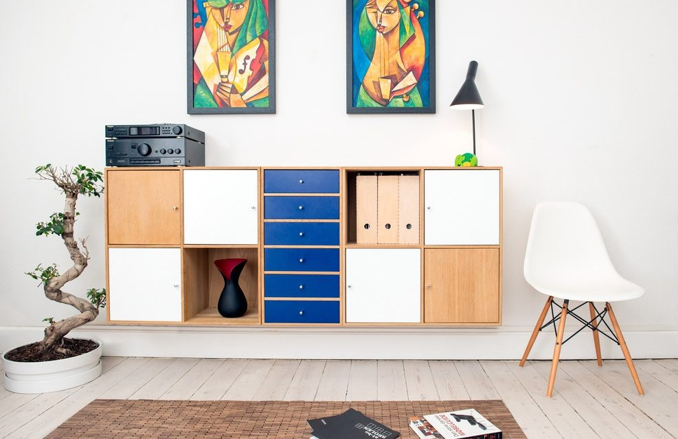 Top 10 Tips on Upcycling Second Hand Furniture