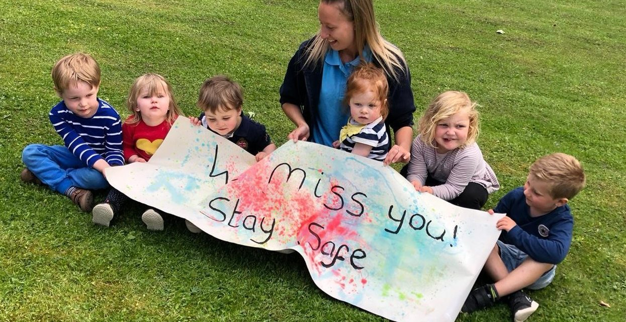 Northallerton nursery delivers smiles to local care home