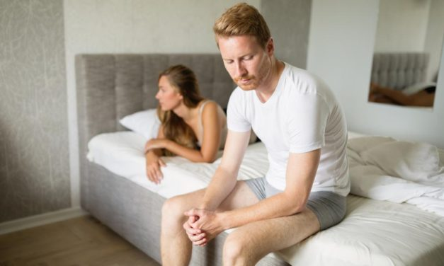 What are the causes and symptoms of erectile dysfunction in men?