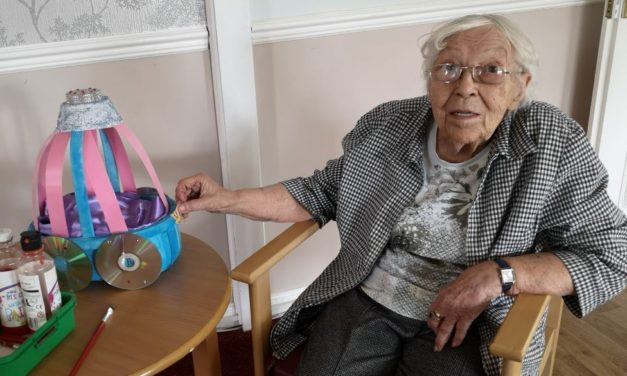 Young and elderly in Peterlee pen pal exchange