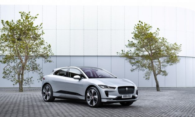 JAGUAR I-PACE ELECTRIC TAXIS ON WORLD'S FIRST WIRELESS HIGH-POWERED CHARGING RANK