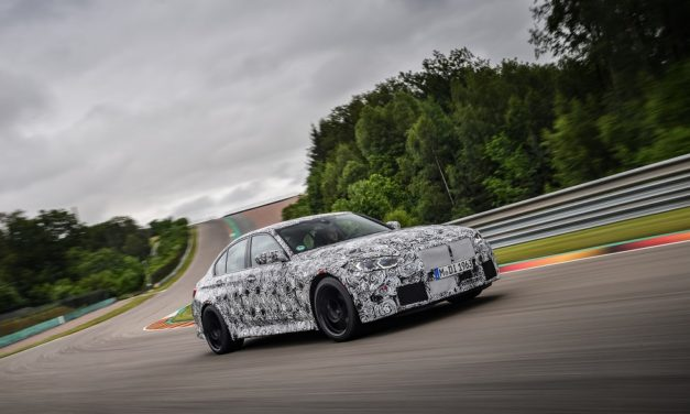 FINAL SPRINT ON THE WAY TO THE FIRST ROW OF THE STARTING GRID: THE NEW BMW M3 SALOON AND THE NEW BMW M4 COUPÉ ON THE RACETRACK