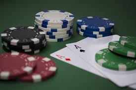 Marvelous reasons because of every gambler like to take part in internet gambling