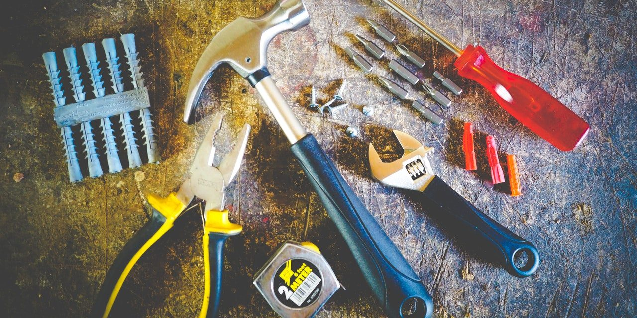 The best metal cutting saw: for beginners guide