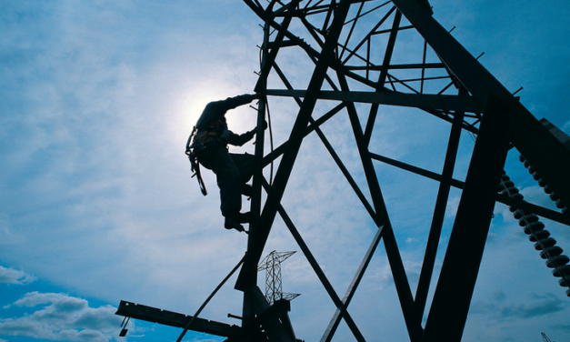 Lineman Workers- Unsung Heroes Of The Society
