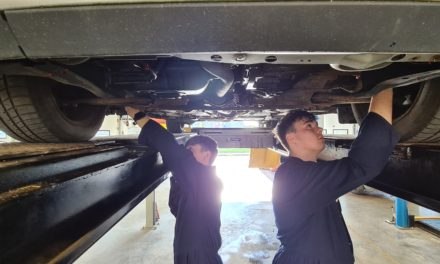 Motor dealer donates car to college to support mechanics of the future