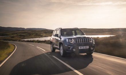 RENEGADE 4XE: THE JEEP® TAKE ON THE PLUG-IN HYBRID