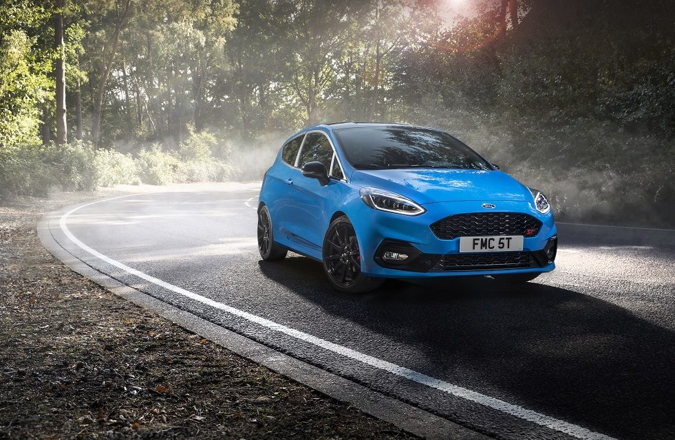 SPECIAL EDITION FORD FIESTA ST FINE TUNES THRILLS FOR DRIVING ENTHUSIASTS WITH ADJUSTABLE SUSPENSION AND EXCLUSIVE STYLING