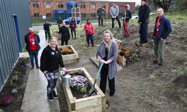 UKSE backs unemployed youngsters helping new wellbeing centre
