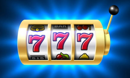 Why players choose online casinos to play their favorite slot games?