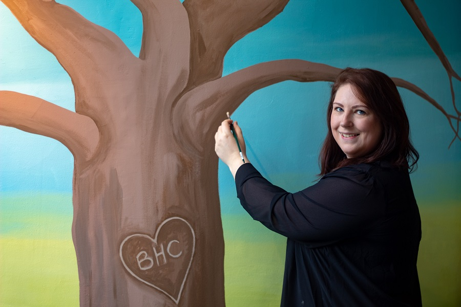 Tree-mendous! Artwork designed to help hospice supporters remember loved ones