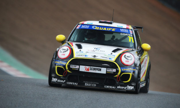 Max takes maiden MINI CHALLENGE pole position and solid race results
