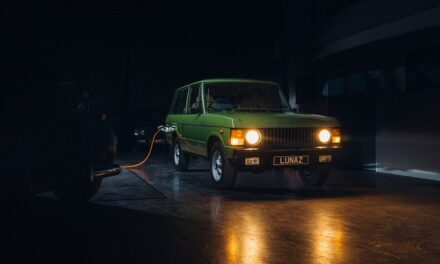 Lunaz to begin production of electric classic Range Rovers
