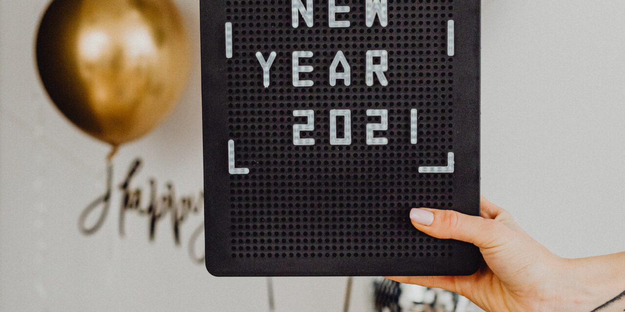 THE PERFECT VIRTUAL ACTIVITIES FOR FAMILIES WHO CAN'T BE TOGETHER THIS NEW YEAR'S EVE
