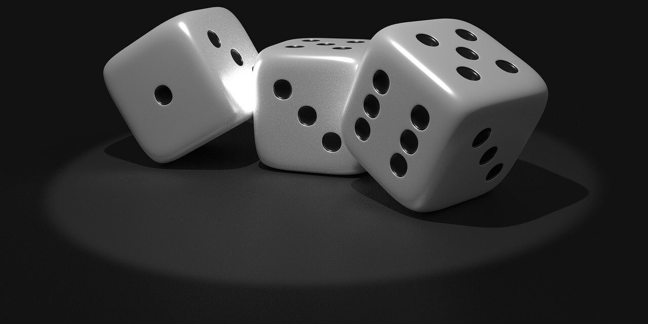 Similarities Between Modern Online Business And a Poker Game