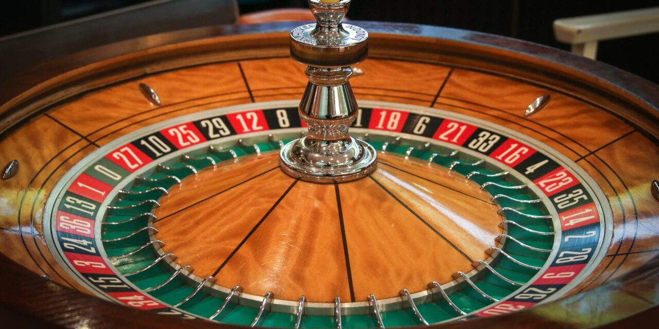 Top Five Safety Tips for Staying Safe When Gambling at Online Casinos