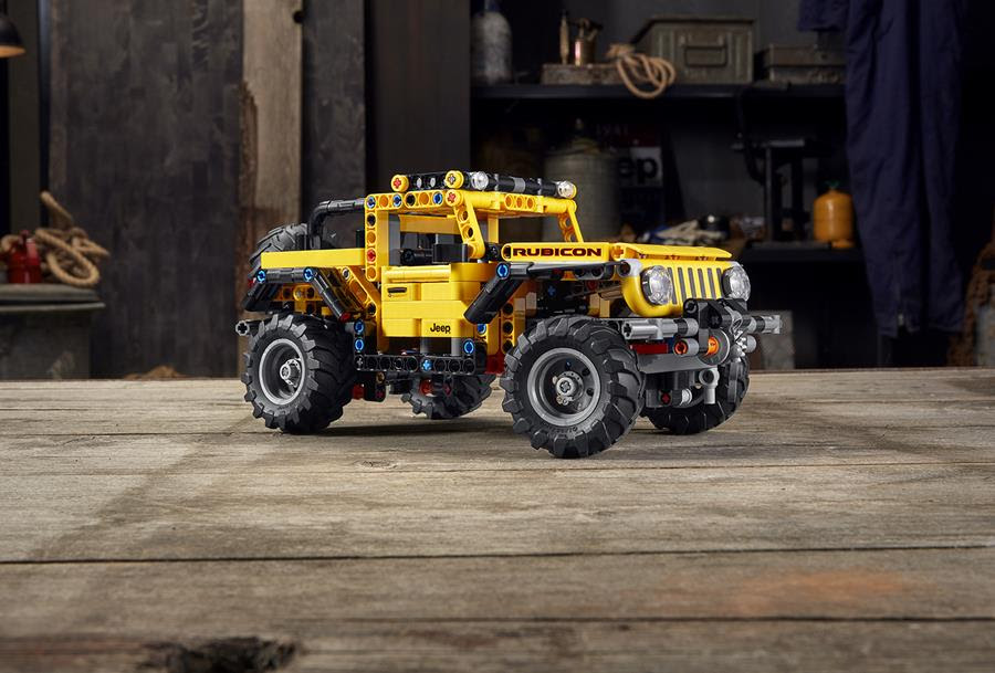 MAKE THE WHOLE WORLD YOUR PLAYGROUND WITH THE NEW LEGO® TECHNIC™ JEEP® WRANGLER