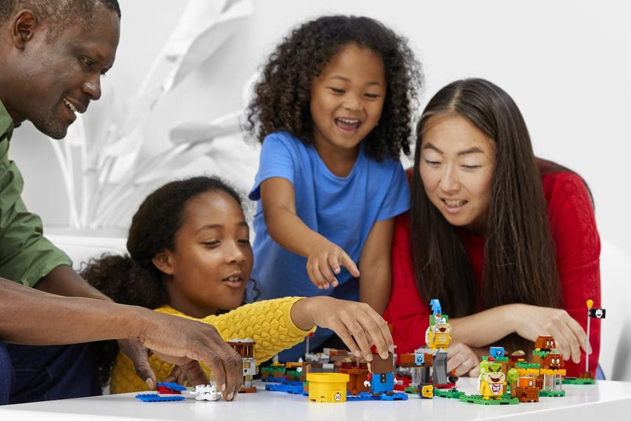 The LEGO Group and Nintendo build out LEGO® Super Mario™ world for even more customised adventures