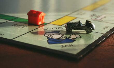Fun Games You Can Play With Friends  and Family