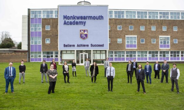 Learning after lockdown: School takes on 20 Sunderland trainees to support pupils