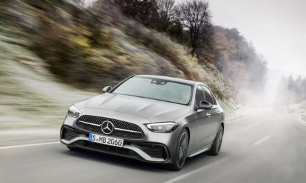 The new Mercedes-Benz C-Class: Saloon and Estate