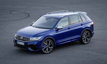 Powerful, purposeful, practical: the Tiguan R opens for order to UK customers