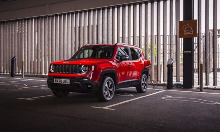 Find my car: new Jeep Renegade 4xe will send you a text if your car has been stolen