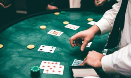 What are the top three popular table games in an online casino?
