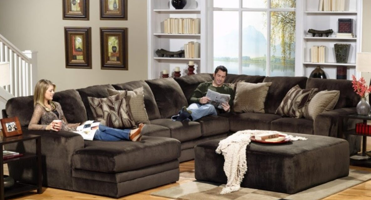 10 Beautiful Types of Sectional Sofas You Should Consider For Your Living Room