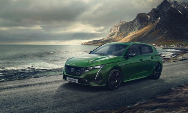 PEUGEOT launches the new 308