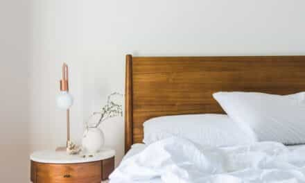 Easy Ways for Students to Furnish Their Homes